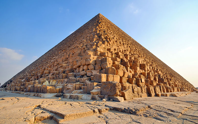 pyramid-of-kephren